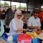 Bersama Warga, IDP Ngeteh di Pasar Sore Mulyorejo Sukamaju Selatan